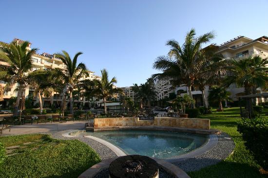 Villa La Estancia: Beach to hotel view
