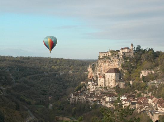 BEST WESTERN Beau Site Notre Dame : Rocamadour at sunrise
