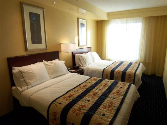 SpringHill Suites Fort Myers Airport: Room