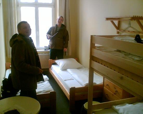 Hostel Adler: Comfy Small   Adequate