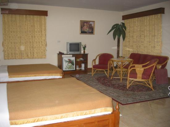 Golden Cupids Hotel : our spacious room