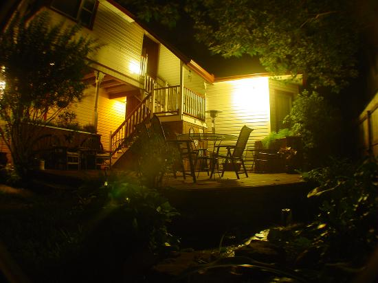 Brava House Bed And Breakfast: Brava House back deck at night