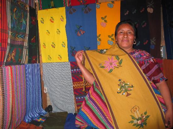 Hotel Museo Spa Casa Santo Domingo: Indigenous Hand-woven fabrics
