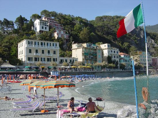 Photo of Hotel Baia Monterosso