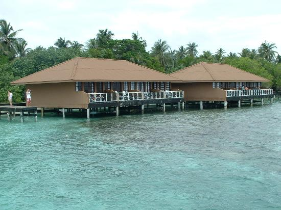 Embudu Village: Water bungalows