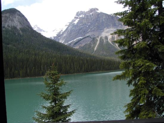 Emerald Lake Lodge: View From Balcony