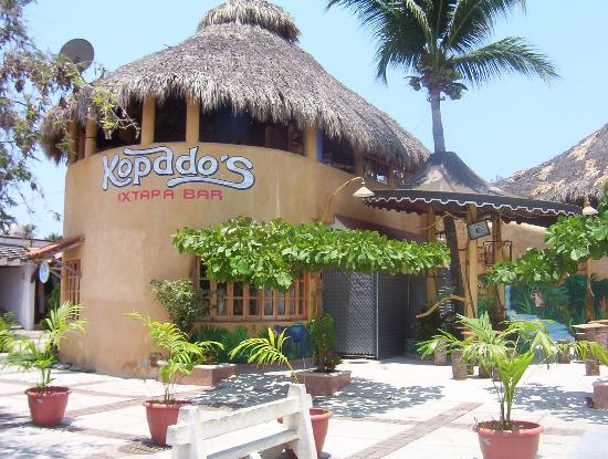 Park Royal Beach Resort Ixtapa: Kopados Tequila Bar