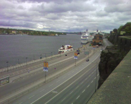 Abbes Hotel Slussen: cruise line habour near by the hotel
