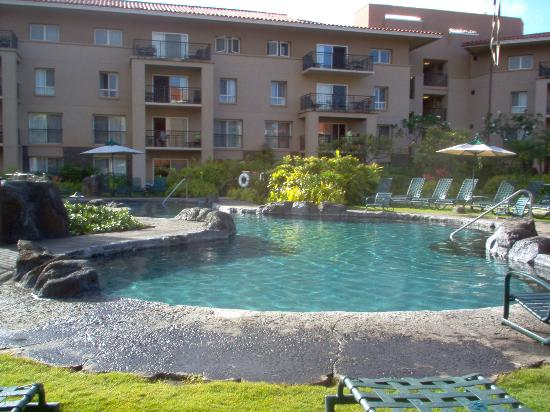 Marriott's Waiohai Beach Club: Quiet pool