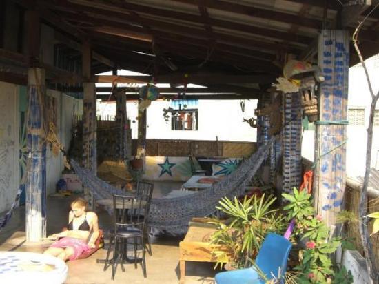 Julie Guest House: chillige Dachterrasse