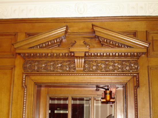 Kirkcaldy, UK : Detail of doorway into the bar/lounge