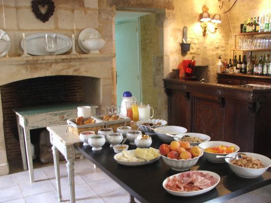 Manoir du Gue Pierreux : Breakfast - just for 2!