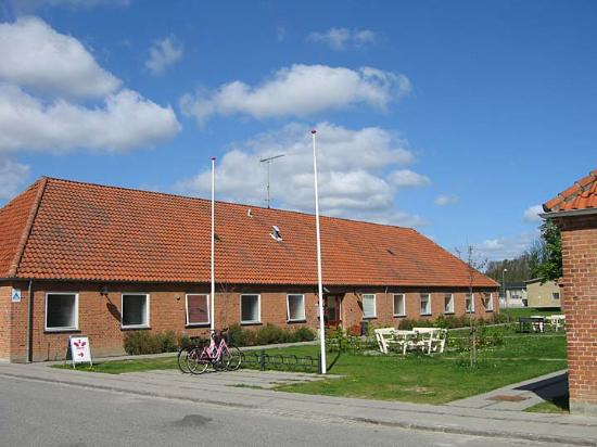 Belaegningen Hostel: One of the two buildings comprising the hostel.