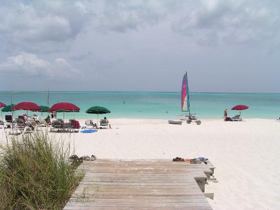 Royal West Indies Resort: Entrance to Grace Bay Beach