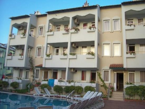 Isilay Apartments