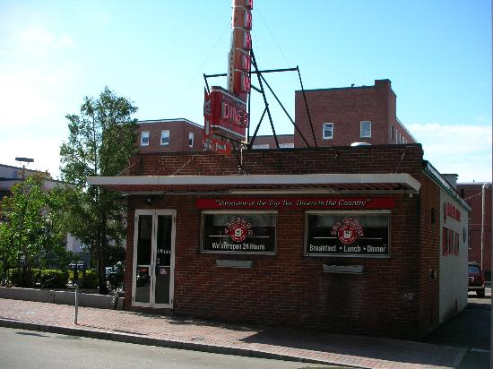 Manchester, Nueva Hampshire: Red Arrow Diner!