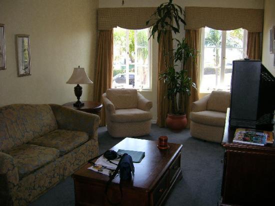 El Cordova Hotel: Living room