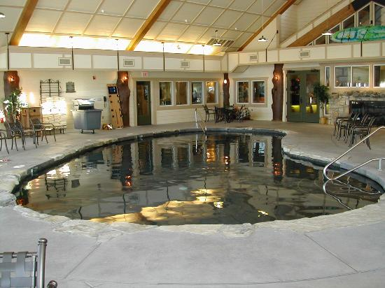 The Wilderness Club at Big Cedar: Indoor pool at BCWC clubhouse, also has exercise room, arcade, board games & movies to check...