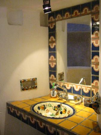 Amaranto Bed and Breakfast: lovely tilework