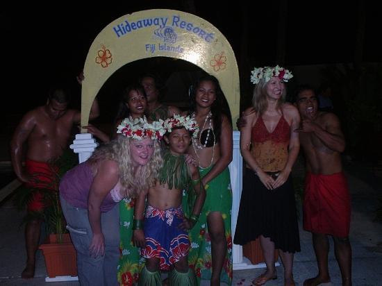 Fiji Hideaway Resort & Spa: Me with the entertainment that evening:)