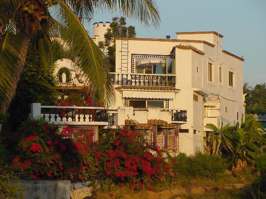 Villa Belmar Beach Hotel