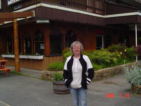 Pacific Breeze Motel: Cafe Shop