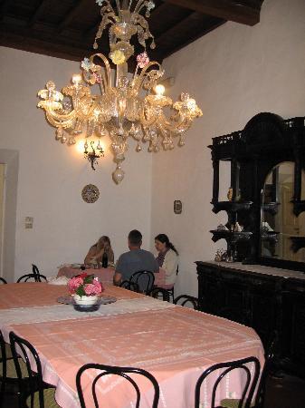 Villa I Cancelli: dining room