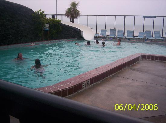 Sun Viking Lodge: Outdoor pool