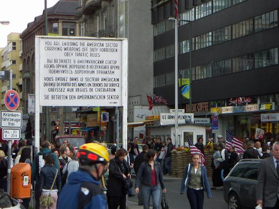Hotel Greifswald: Allied Checkpoint Charlie