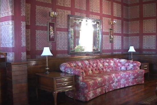 Hotel Frances: Hotel Lobby