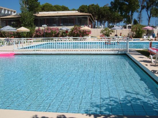 Irinna Hotel: Children's pool