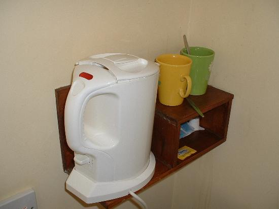 Marlow Lodge : Tea & Coffee Health & Safety!