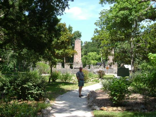 Sugar Mill - Picture of Dunlawton Sugar Mill Gardens, Port Orange ...