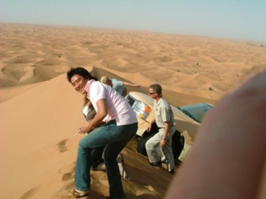 Al Maha, A Luxury Collection Desert Resort & Spa: Dune driving is dramatic and fun