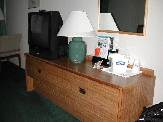 Howard Johnson Closest to the Falls and Casino: Commode
