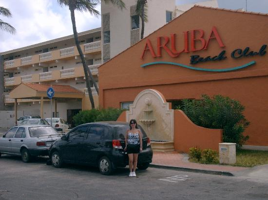 Aruba Beach Club Entrance