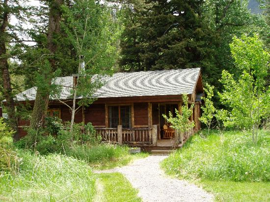 Mountain Sky Guest Ranch: One of the Cabins
