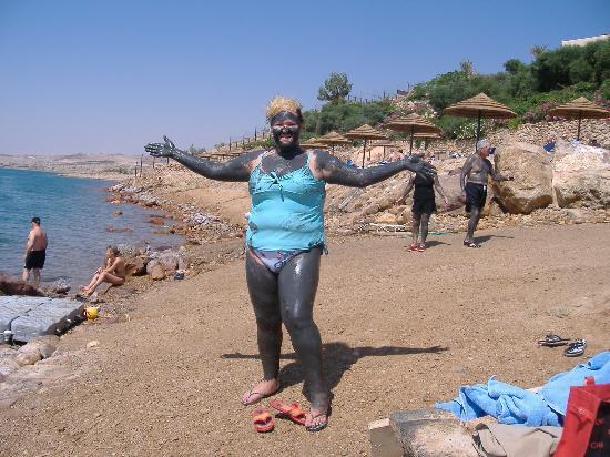 Jordan Valley Marriott Resort & Spa: covered in dead sea mud