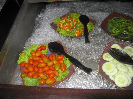 Ocean Bangkok: salad bar