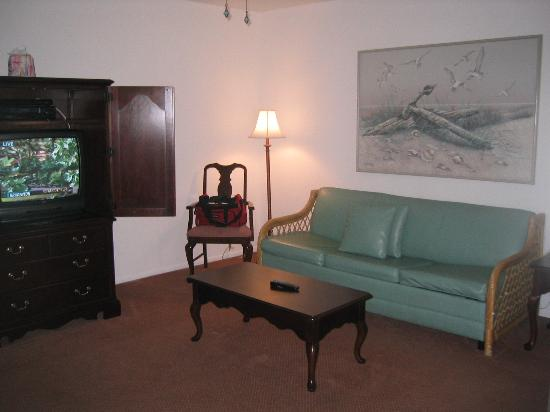 Captiva Beach Resort: living area