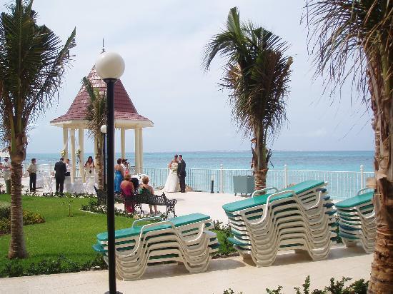 Hotel Riu Cancun Wedding