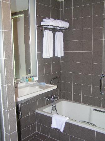 WestCord Art Hotel Amsterdam: bathroom
