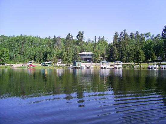 Lady Bug Lodge: view of lodge area from the lake