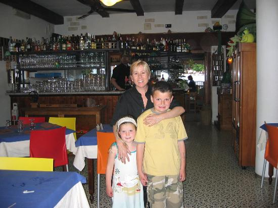 Hotel Astoria: The kids with the wonderful Carmen