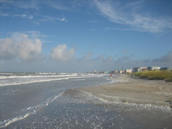 Madeira Norte Condos: Early morning on Madeira Beach
