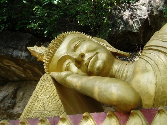 Luang Prabang, Laos: Reclining Buddah ( Mount Phousi)