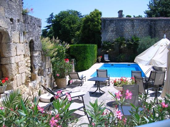 Photo of Hotel Palais Cardinal Saint-Emilion