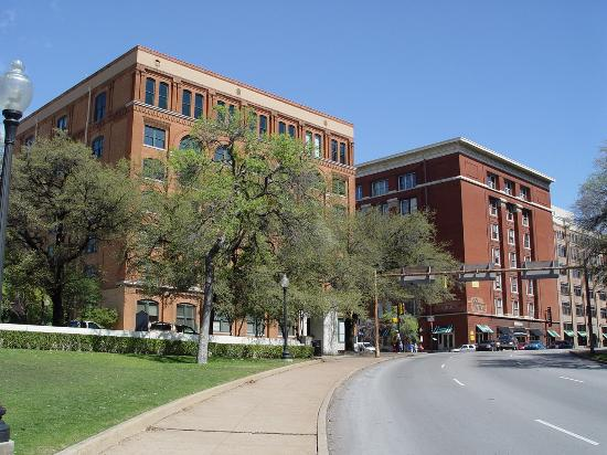 The Sixth Floor Museum/Texas School Book Depository