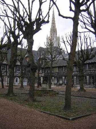 Aître Saint-Maclou