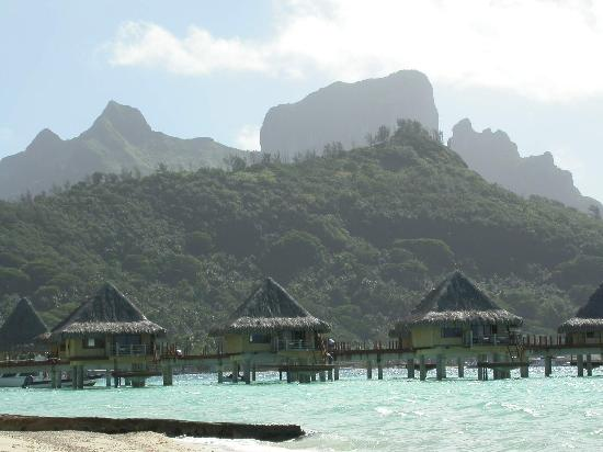InterContinental Bora Bora Le Moana Resort: a beautiful view from our bungalow